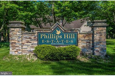 704 Phillips Hill Drive - Photo 1