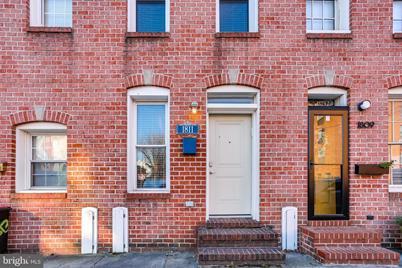 1811 Aliceanna Street - Photo 1