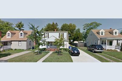 305 Willow Avenue - Photo 1