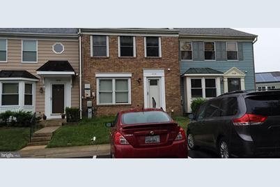 4328 Dunwood Terrace - Photo 1