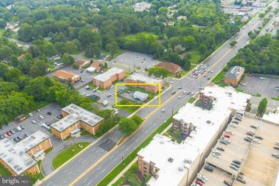 529 S Frederick Avenue - Photo 1