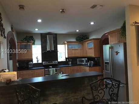 4621 SW 100th Ave - Photo 6