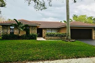 9860 NW 10th Ct - Photo 1