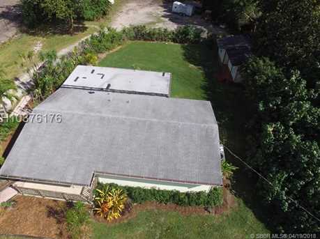 1570 SW 115th Ave - Photo 5
