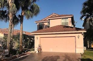 2533 SW 162nd Ave - Photo 1