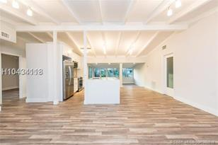 1519 SW 18th Ave - Photo 1