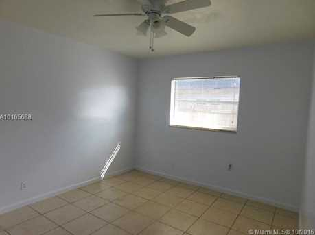 4231 NW 31st Ave - Photo 9