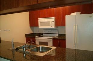1200 Brickell Bay Dr #1707 - Photo 1