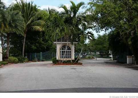 412 W Palm Aire Dr #412 - Photo 2
