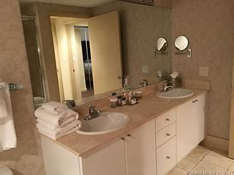 17375 Collins Ave #1105 - Photo 8