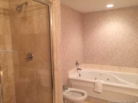17375 Collins Ave #1105 - Photo 9