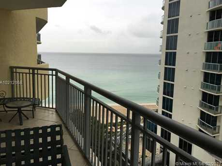 17375 Collins Ave #1105 - Photo 10
