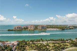 400 S Pointe Dr #2101 - Photo 1