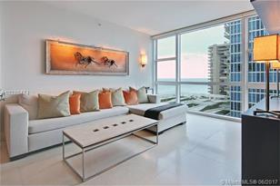 6801 Collins Ave #1104 - Photo 1