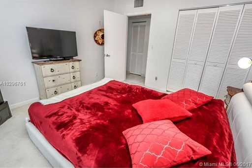 16485 Collins Ave #938 - Photo 13