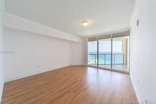 16699 Collins Ave #3806 - Photo 13