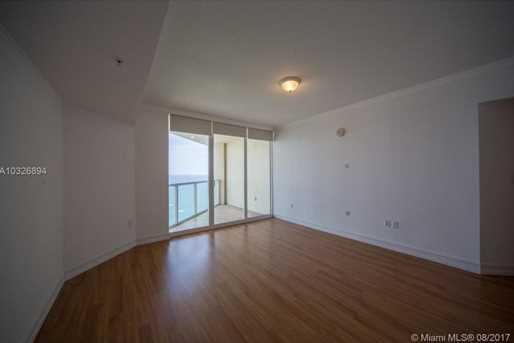 16699 Collins Ave #3806 - Photo 23
