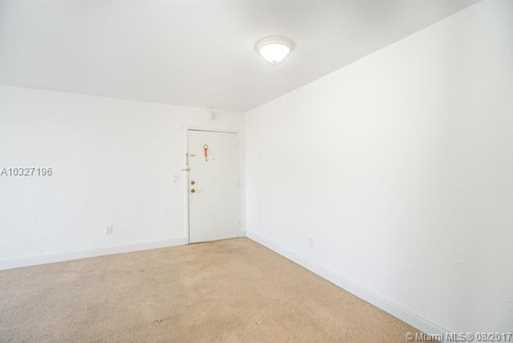 12105 NE 6th Ave #201 - Photo 4