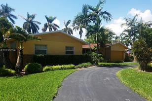 8840 SW 183rd Ter - Photo 1