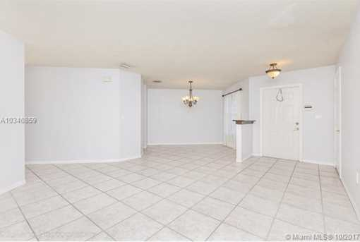 17015 NW 23rd St - Photo 4