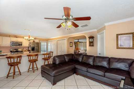 4148 SW 95th Ave - Photo 8