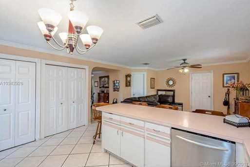 4148 SW 95th Ave - Photo 6