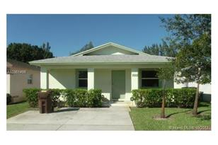 2523 NW 23rd Ave - Photo 1