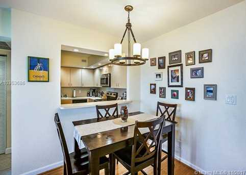 5600 Collins Ave #15N - Photo 8