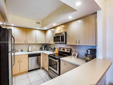5600 Collins Ave #15N - Photo 9