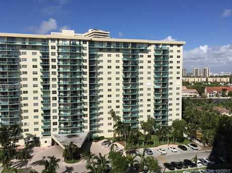 19380 Collins Ave #1115 - Photo 2