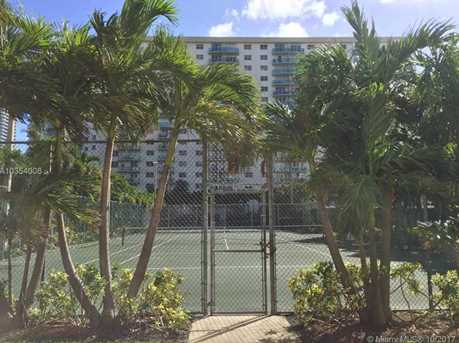 19380 Collins Ave #1115 - Photo 32