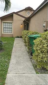 2421 SW 82nd Ave - Photo 22