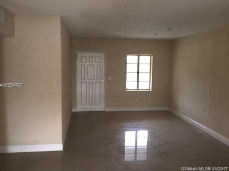 7443 SW 16th Ter - Photo 3