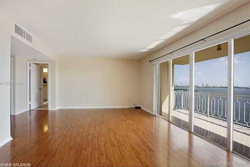11111 Biscayne Blvd #1205 - Photo 7
