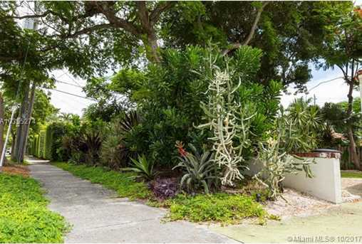 1026 NW 18th St - Photo 26