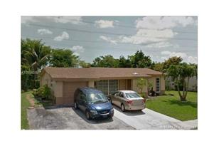 1025 NW 92nd Ave - Photo 1