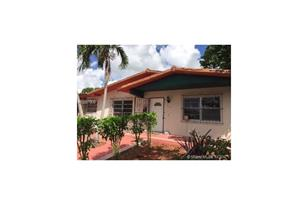 715 SW 59th Ave - Photo 1