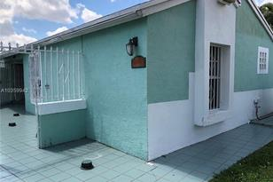 14966 SW 74th Ter - Photo 1