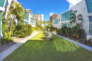 10178 Collins Ave #104 - Photo 1