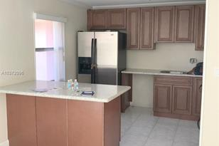 10447 SW 108th Ave #266 - Photo 1