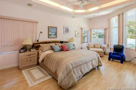 8284 SW 196th Ter - Photo 7
