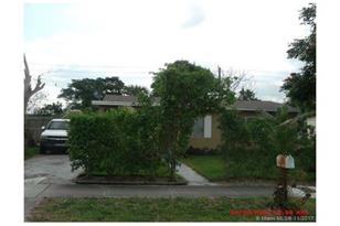 470 NW 30th Ter - Photo 1