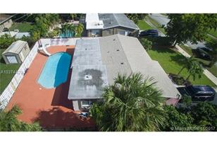3121 SW 22nd Ct - Photo 1