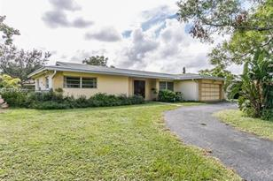 7460 NW 11th Pl - Photo 1