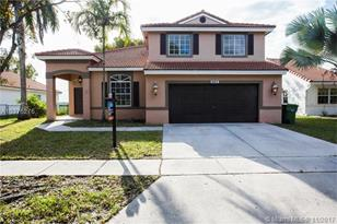 660 SW 164th Ave - Photo 1