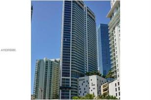 1300 Brickell Bay Dr #610 - Photo 1