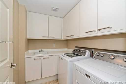 411 N New River Dr E #1104 - Photo 13