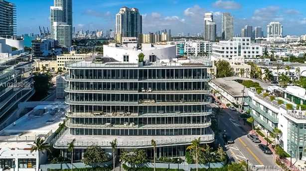 1 Collins Ave #207 - Photo 33