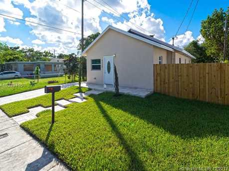 4228 NW 1st Ave - Photo 3