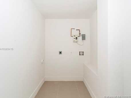 4228 NW 1st Ave - Photo 33